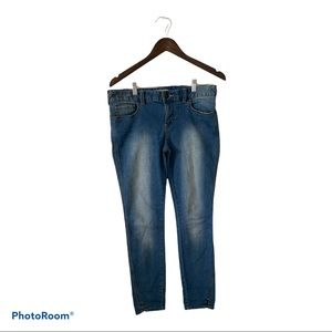 Free people skinny ankle length jean size 29
